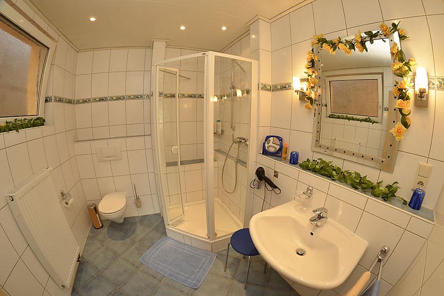 Bad, Dusche/WC, Gästehaus Hanß